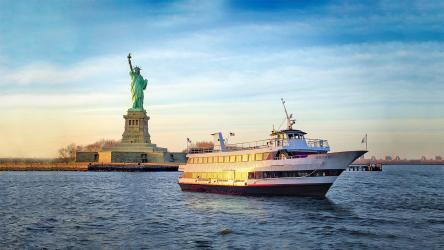 【探索紐約城市美景】Hornblower 紐約隨上隨下觀光遊船