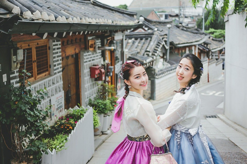 Traditional Hanbok Experience At Gyeongbok Gung Kkday