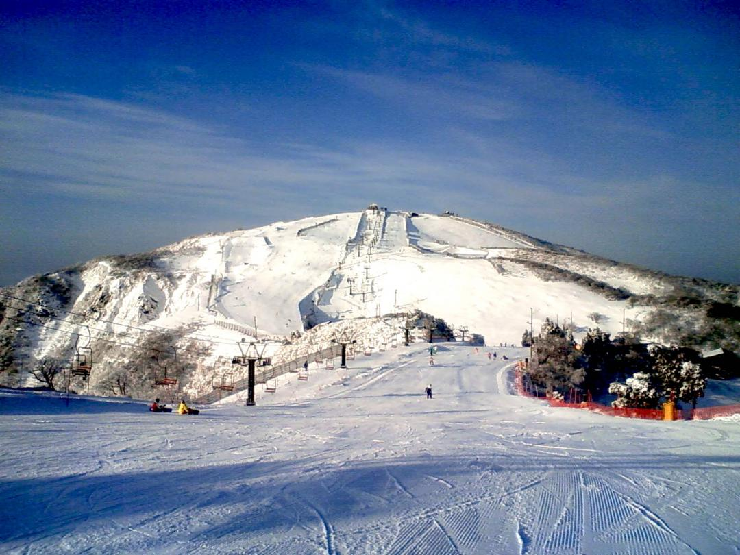 day tour from kyoto: biwako valley or hakodateyama ski resort - kkday
