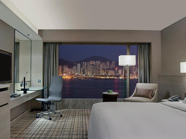 【酒店住宿餐飲禮遇】豪華海景住宿連自助早餐、精緻下午茶|千禧新世界香港酒店 New World Millennium Hong Kong Hotel