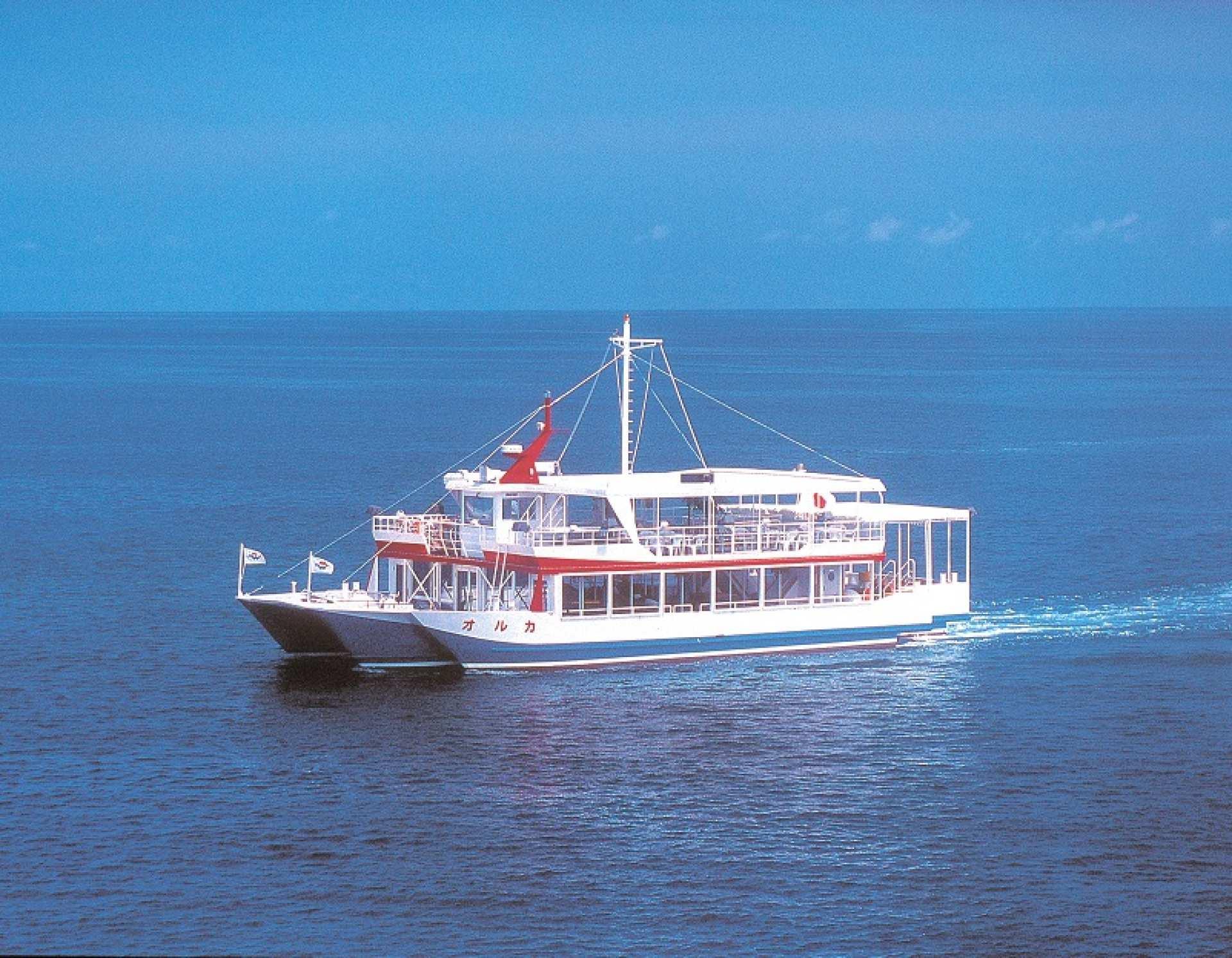 那覇|大型水中観光船オルカ号クルーズで海底散歩|モノレール旭橋駅