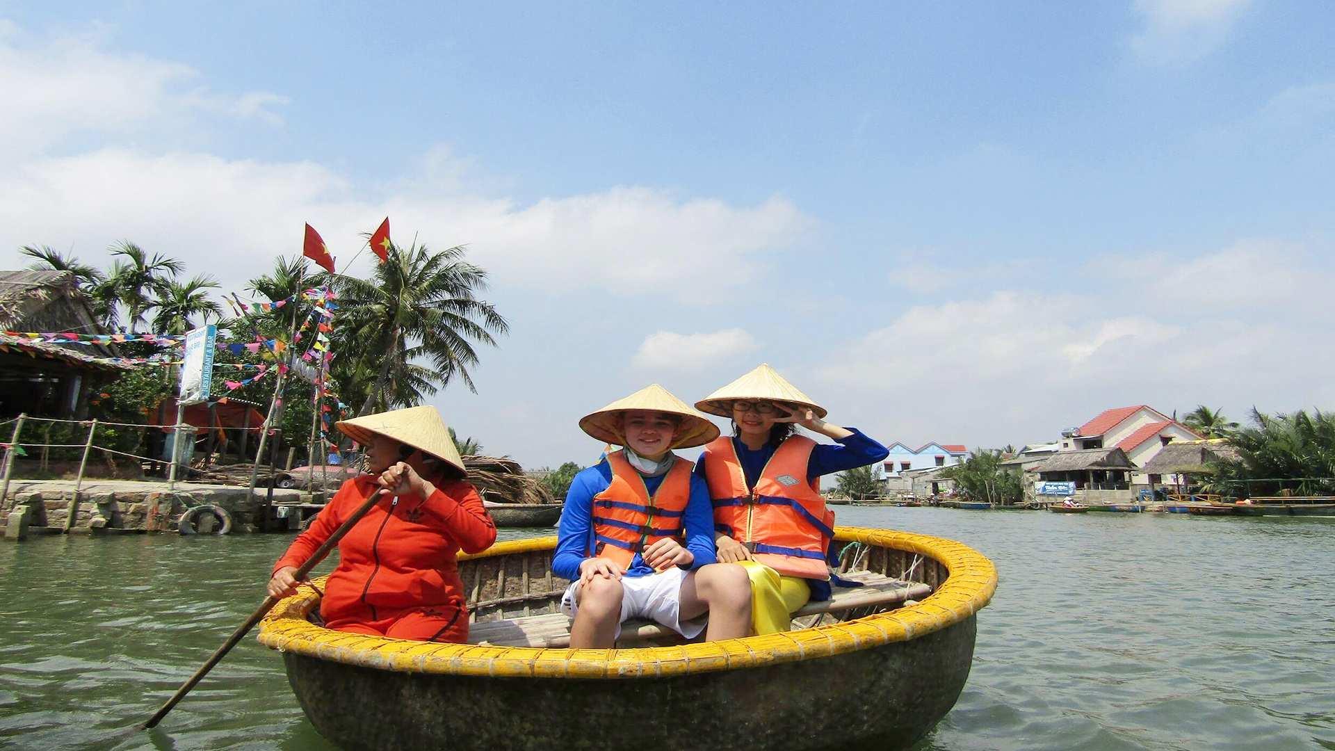 【感受道地越南生活】水椰林竹籃船體驗(會安 / 峴港出發)