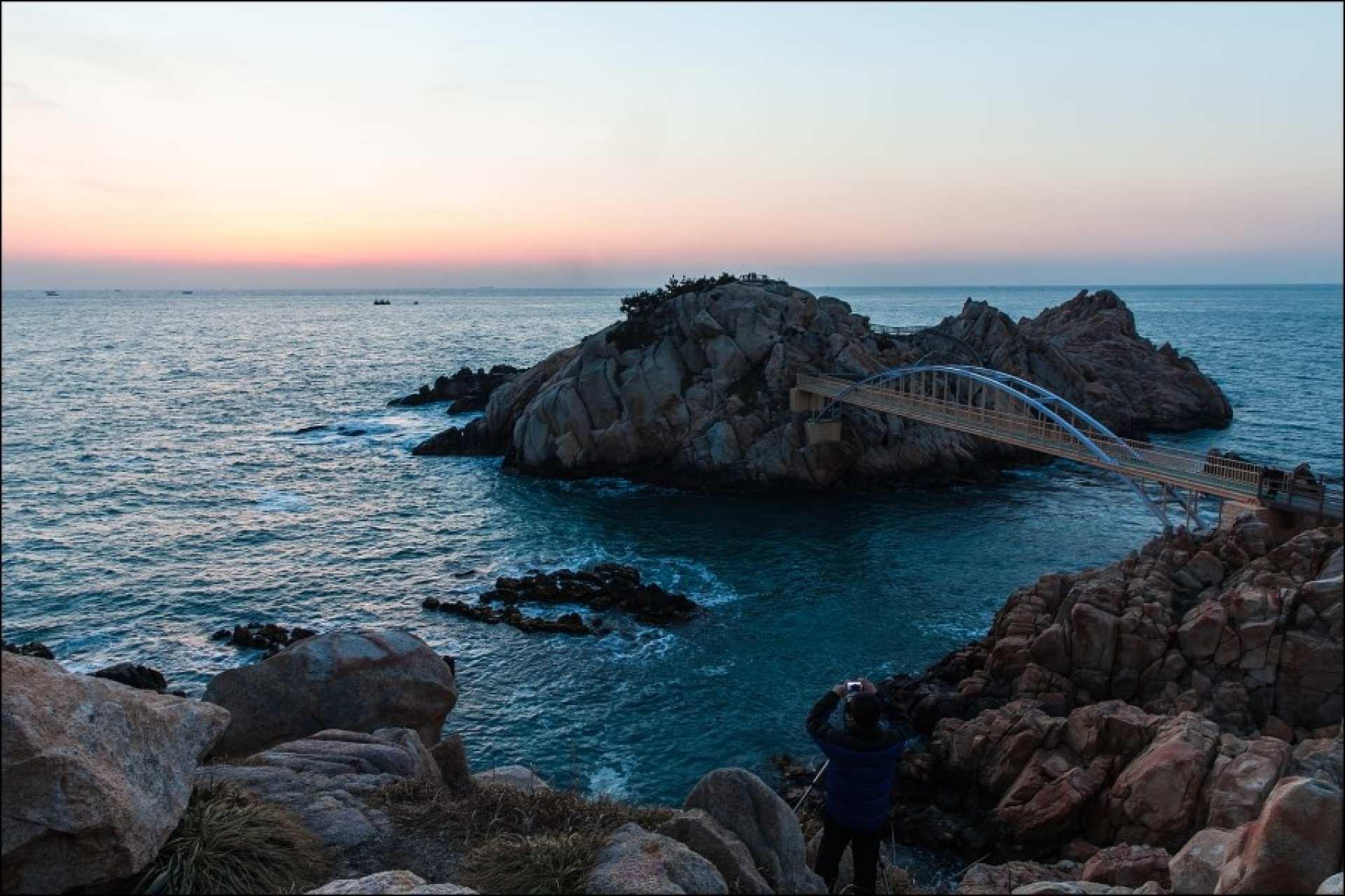 釜山出發蔚山夜景遊|星光十里竹田、鯨魚文化村單軌列車、大王岩公園、含月樓