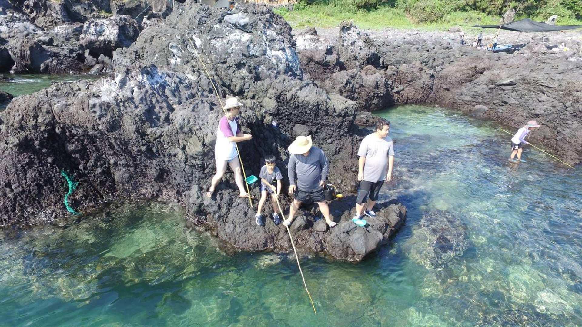 【濟州傳統生活】石縫釣魚+燒烤體驗