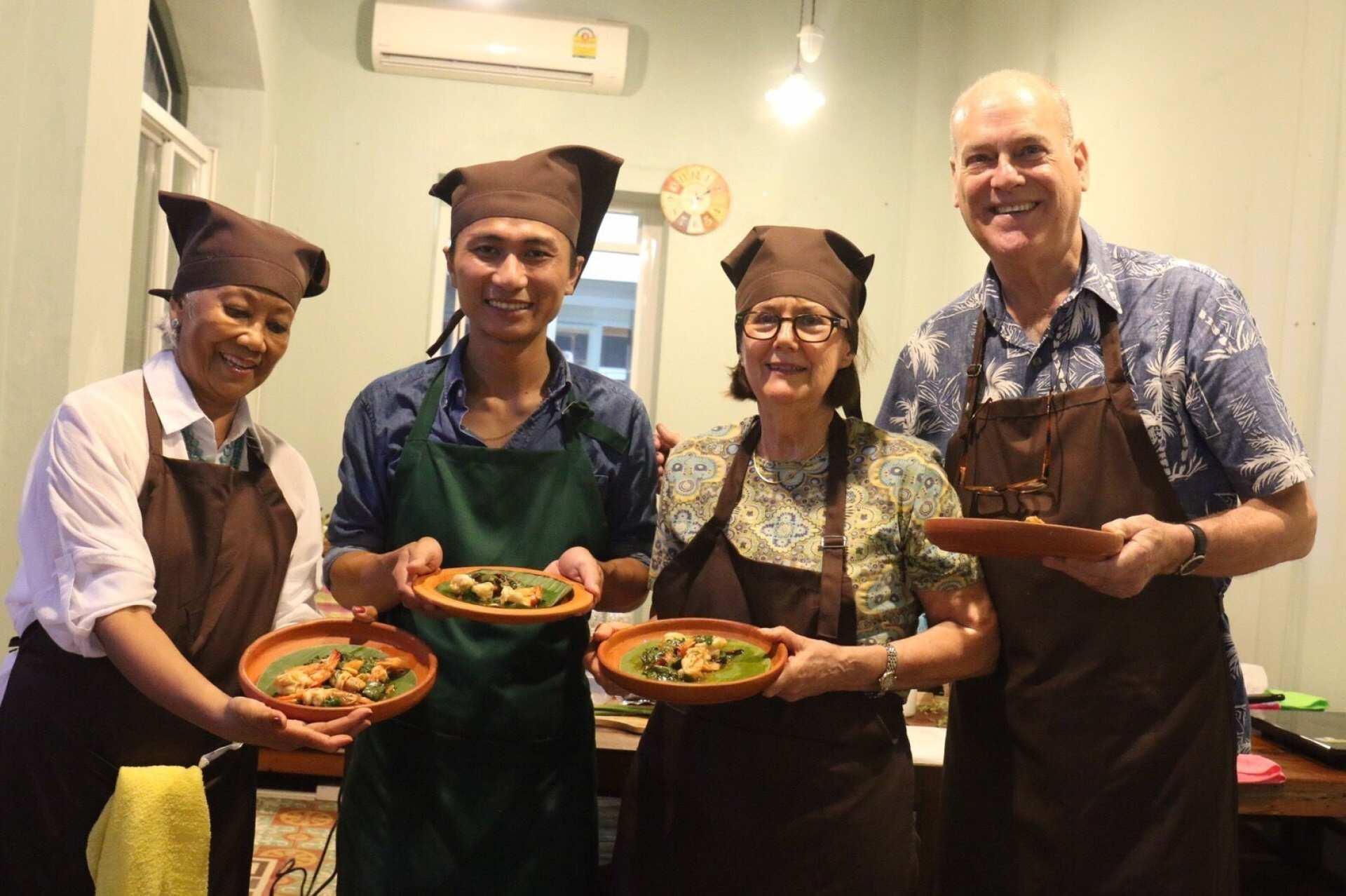 【曼谷泰式料理課程】Clay Pot Thai Cooking Mate 烹飪教室