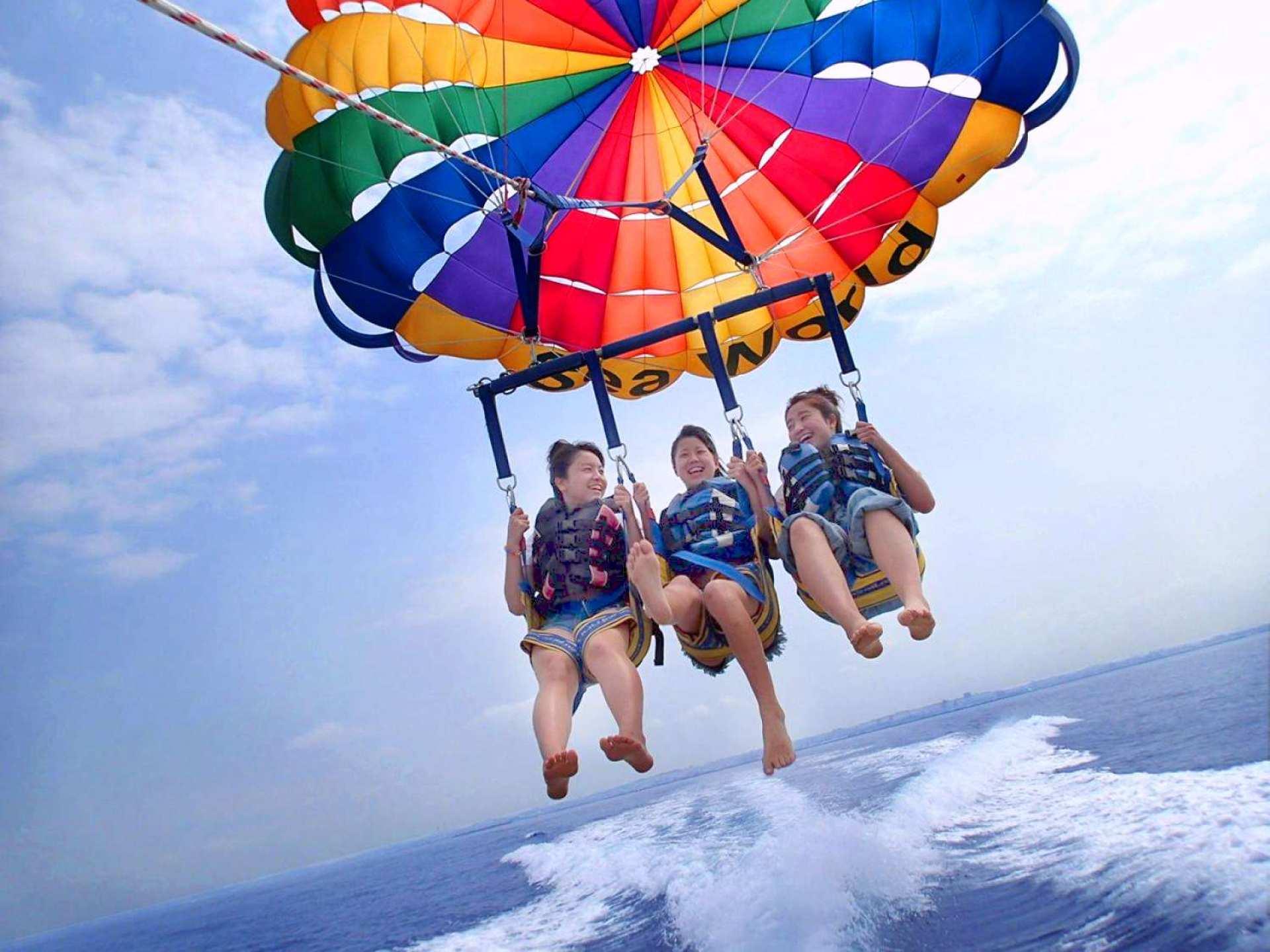 【沖繩水上活動】沖繩海上拖曳傘飛行體驗