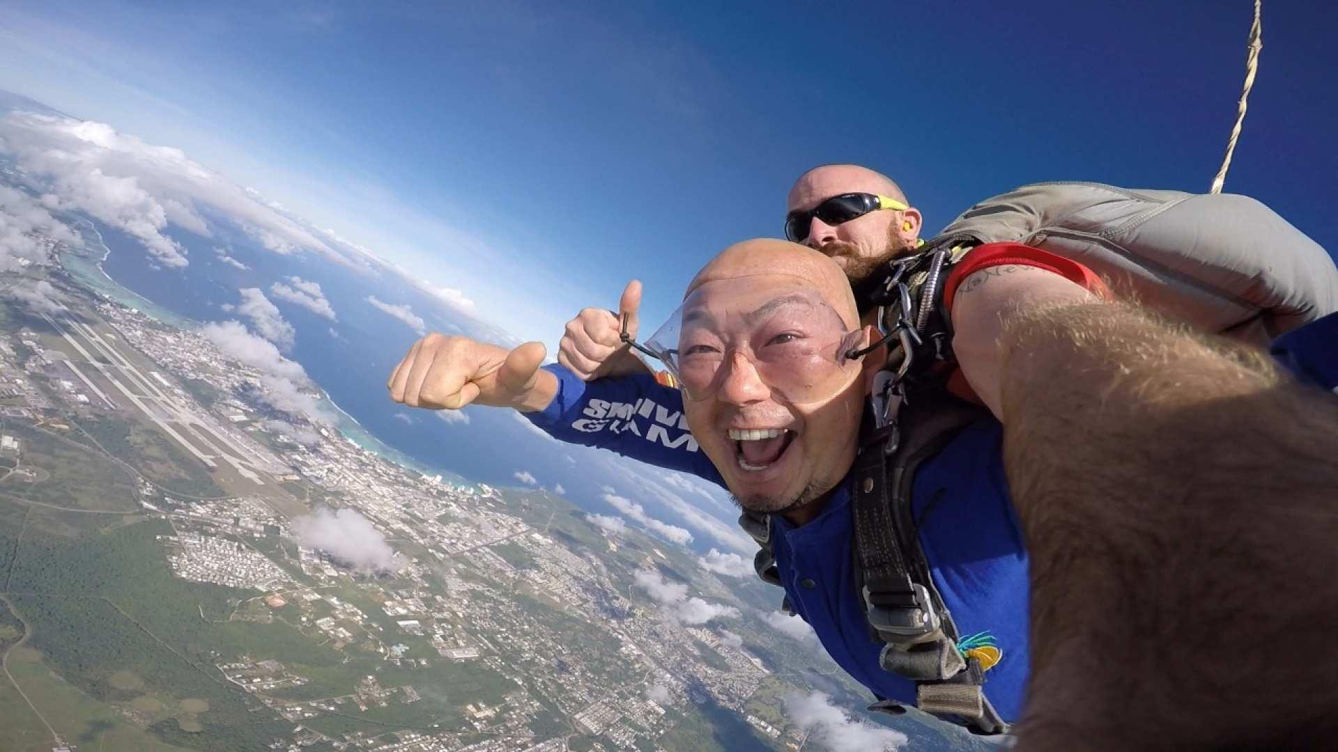 【人生圓夢清單】關島 SkyDive 高空跳傘(含飯店接送)
