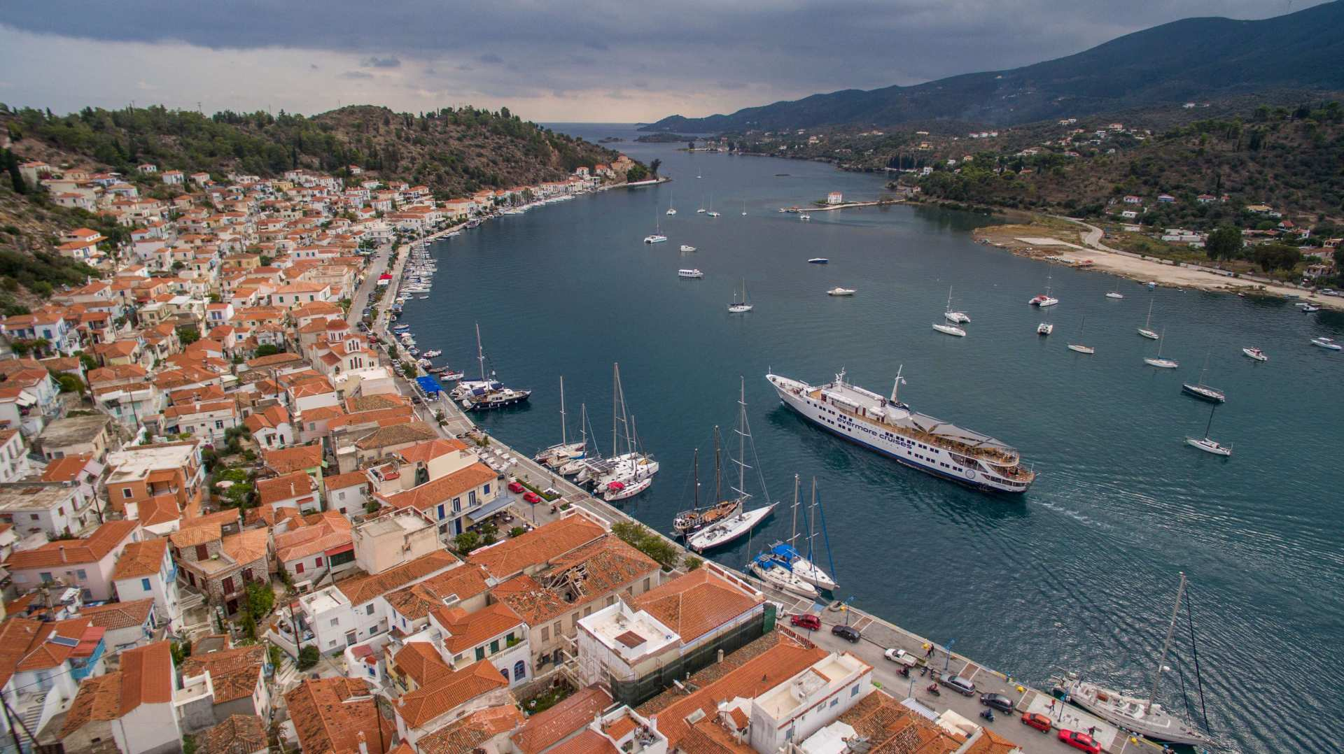 【希臘渡輪體驗】伊茲拉島(Hydra)、波羅斯島(Poros)、愛琴島(Aegina )一日船遊(雅典出發)