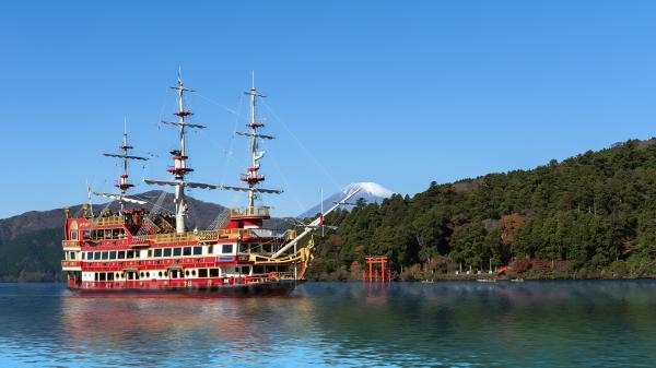 【【東京巴士一日遊】箱根海盜船、大涌谷、御殿場 Outlets(新宿出發)