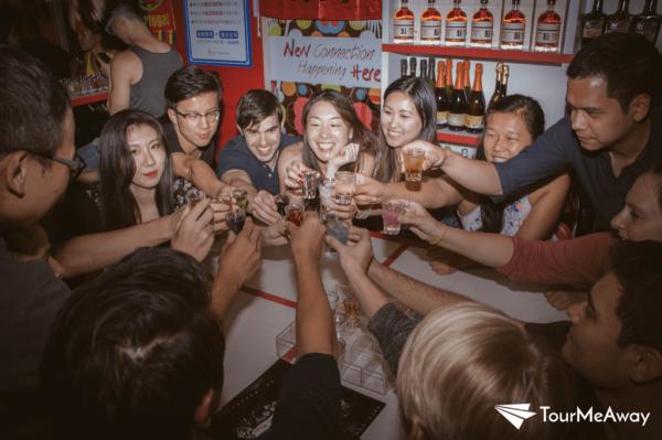【【台灣夜未眠】台北 Pub Crawl 酒吧夜生活體驗