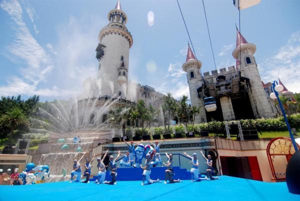 【【來和海豚玩耍】花蓮遠雄海洋公園一日遊(4人成行,含門票、接送)