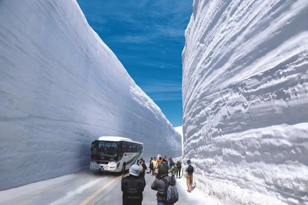 【【名古屋巴士一日遊】立山黑部雪壁大谷漫步・暢遊阿爾卑斯路線美景