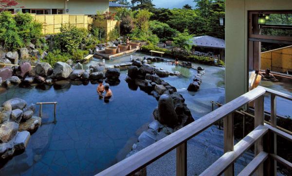 【【東京一日遊】箱根蘆之湖、海盗船、小涌園森之湯泡溫泉