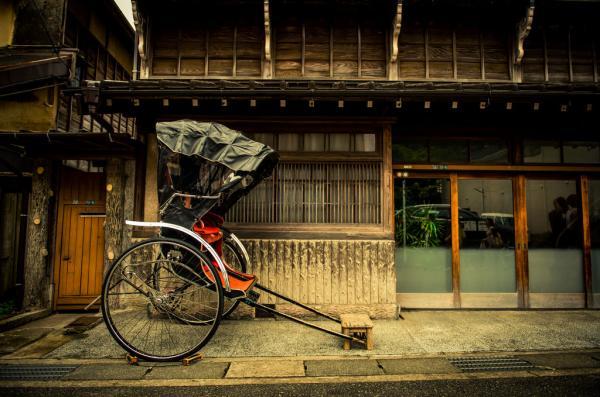 【【人力車體驗】鎌倉風情之旅・源賴朝舊跡、鶴岡八幡宮