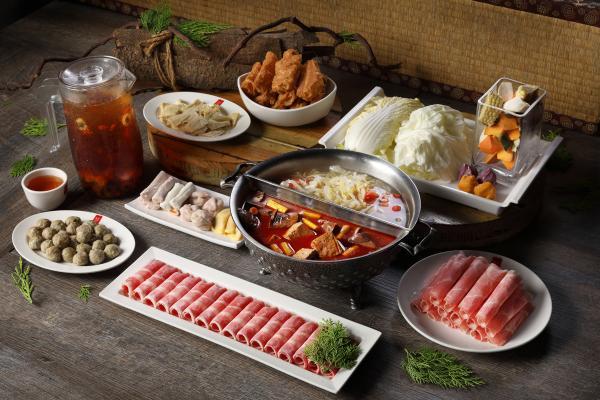 【【台灣經典鍋物】鼎王麻辣鍋、酸菜白肉鍋 ・ 二人四人六人套餐