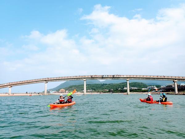 【【看見台灣溪流的美麗】貢寮福隆 SUP 立槳漂流