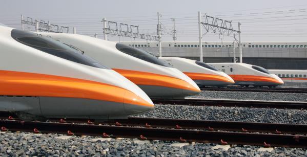 【【高雄出發】台灣高鐵兩人同行一人免費電子車票(外國人限定)