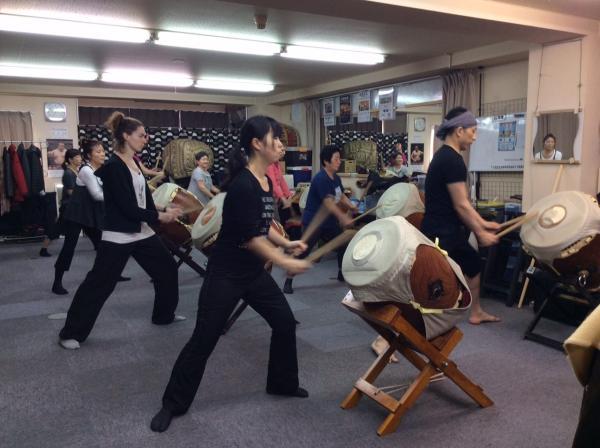 【【東京文化體驗】日本和太鼓體驗・朝向成為太鼓達人邁進吧!
