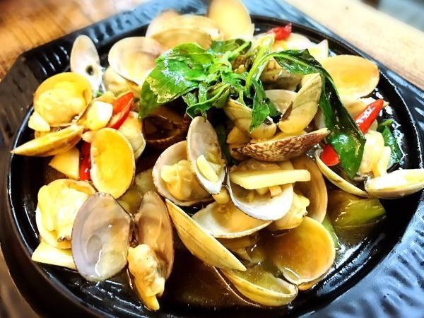 【【龜吼漁港海鮮餐廳】超人氣海鮮料理・巧晏漁坊2-3人套餐