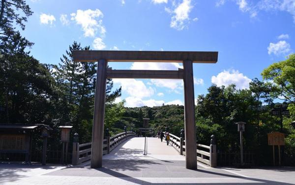 【【日本三重一日遊】伊勢神宮、松阪牛、採草莓吃到飽(大阪出發)