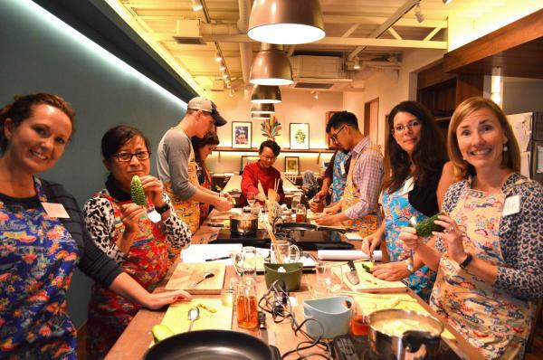 【【沖繩特色體驗】沖繩當地市集採買食材、創意手作料理