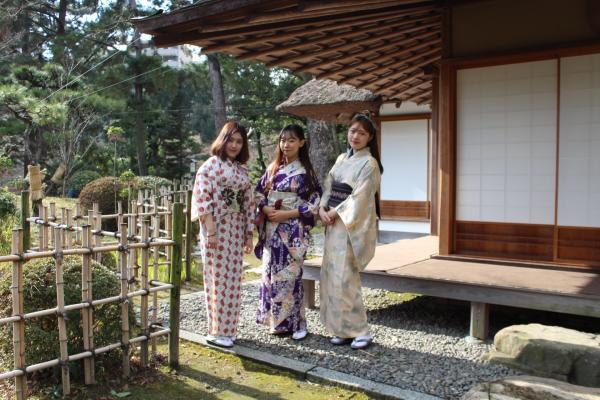 【【廣島ー和服體驗】換上和服體驗日本文化&漫步縮景園與廣島城