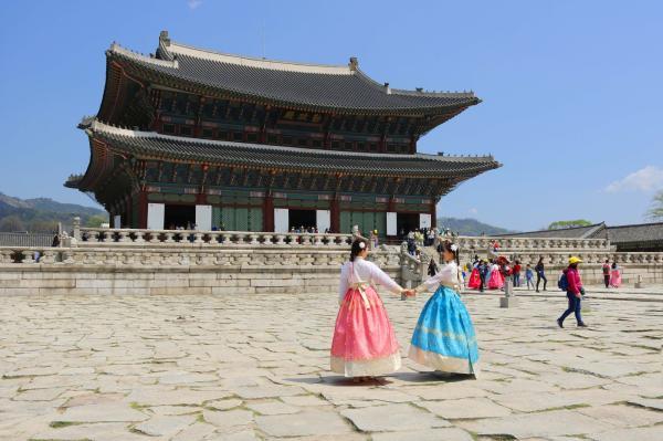 【【首爾經典路線】南山韓屋村、景福宮韓服體驗、N 首爾塔、泡菜體驗一日遊