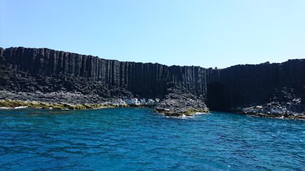 【【澎湖藍洞秘境】探訪美麗藍洞及環遊七美島
