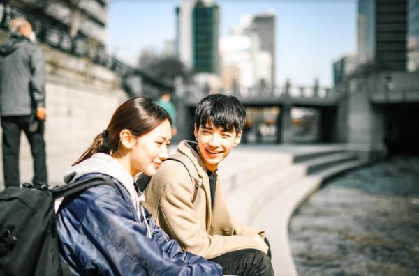 【【韓國首爾街拍】與韓國模特兒歐巴拍攝街拍體驗