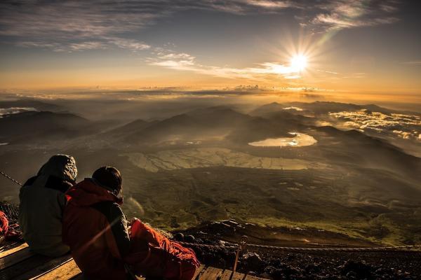 【【東京巴士二日遊】攀登富士山、 欣賞日出奇景御來光