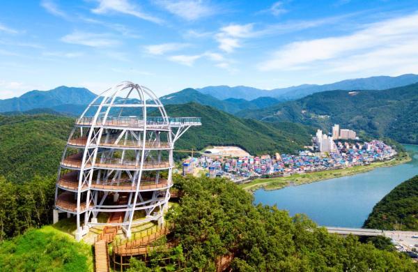 【【K-Travel Bus 忠清北道二日遊】丹陽嶋潭三峰、滿天下 Sky Walk、清風湖單軌列車、韓紙體驗