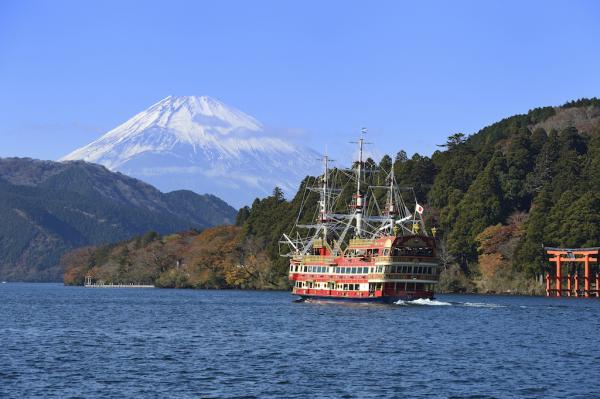 【【東京近郊一日遊】三島 SKYWALK、箱根海賊船、小田原城址公園、烤海鮮吃到飽