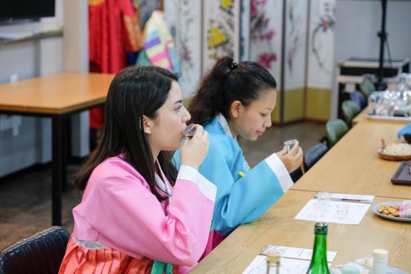 【【韓國酒文化體驗】首爾飲食名人體驗館傳統酒 DIY 體驗