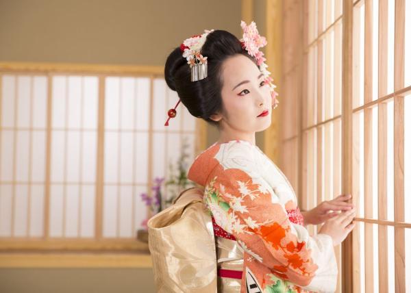 【【淺草舞妓體驗】變身大和撫子・日本專業攝影(含髮妝 \/ 服飾 \/ 攝影 \/ 相片)