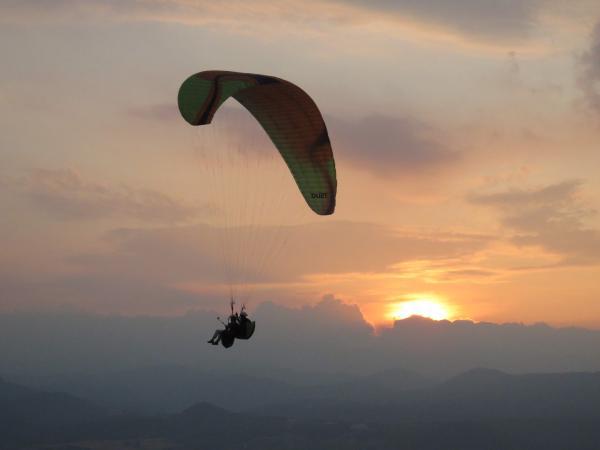 【【飛吧,翱翔天際】南投埔里飛行傘體驗
