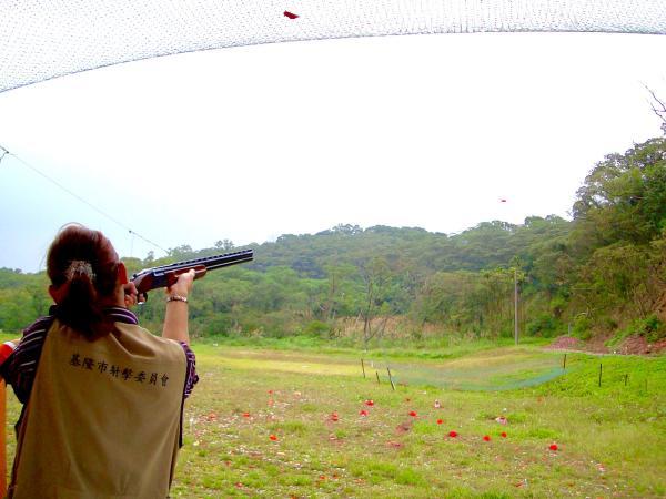 【【超快感射擊】台北專業飛靶射擊體驗