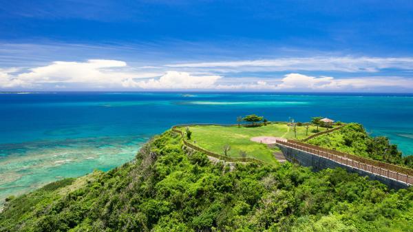 【【沖繩南部】沖繩世界文化王國 ‧ 玉泉洞、瀨長島、知念岬、新原海灘一日遊