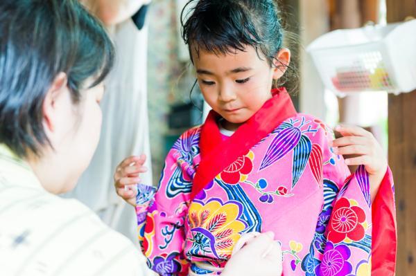 【【沖繩特色體驗】沖繩文化王國變身琉球王族:泡泡茶 + 琉裝