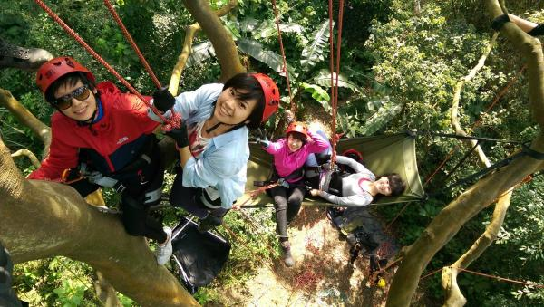 【【樹梢上的天空】國家級教練團隊指導-親子攀樹體驗