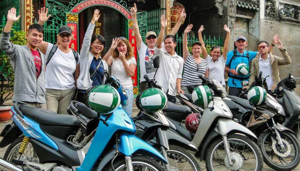 【ホーチミン】バイクでめぐる市内半日ツアー:ベトナムの日常生活を体験!