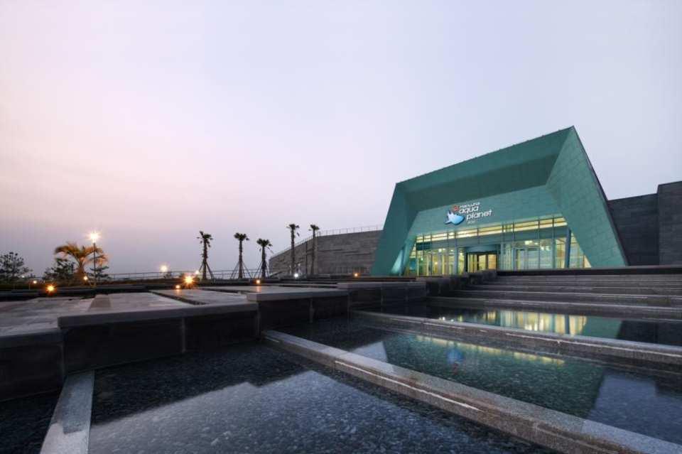 【亞洲最大海洋觀景窗】濟州島水上星球水族館門票 Aqua planet