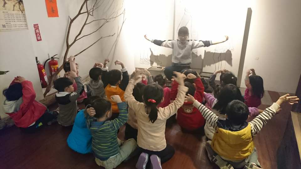 台灣昆蟲館親子生態導覽體驗
