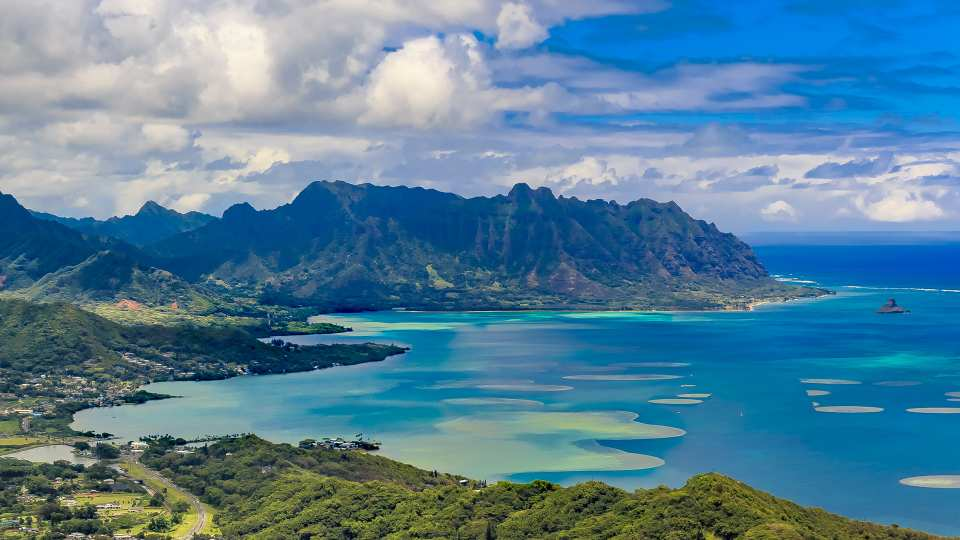 【俯瞰侏羅紀公園拍攝地】美國夏威夷歐胡島直升機搭乘體驗