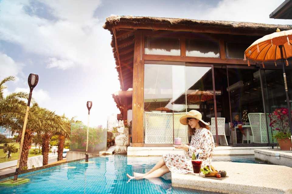 【經典浪漫景觀餐廳】淡水八里水灣餐廳套餐與輕午茶券