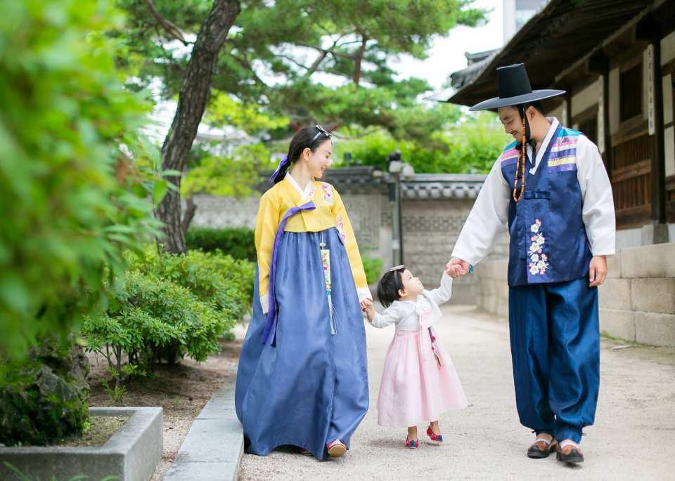【首爾韓服體驗】HANBOKDAN 韓服室外寫真服務