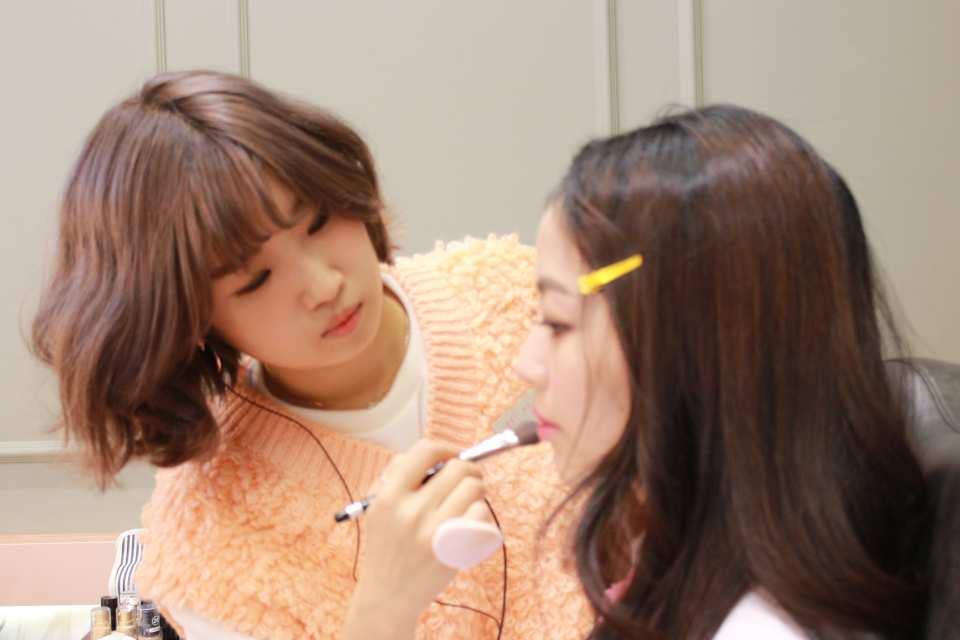 【首爾高級美容室】SERIMAMA 韓系妝髮設計體驗(弘大店)
