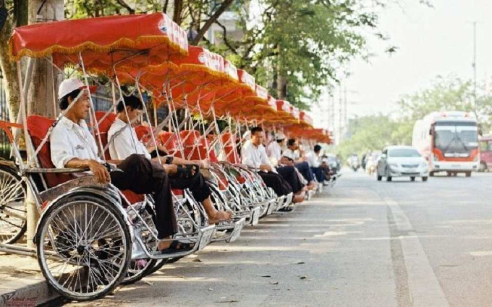 【搭乘傳統三輪車】峴港購物之旅半日遊