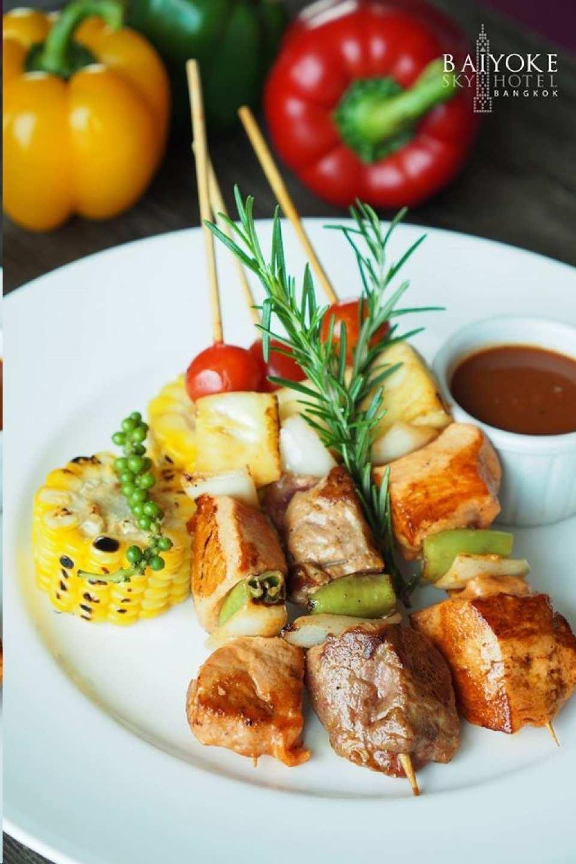 【高空夜景餐廳】曼谷 Baiyoke Sky Hotel 81 樓燒烤海鮮自助餐