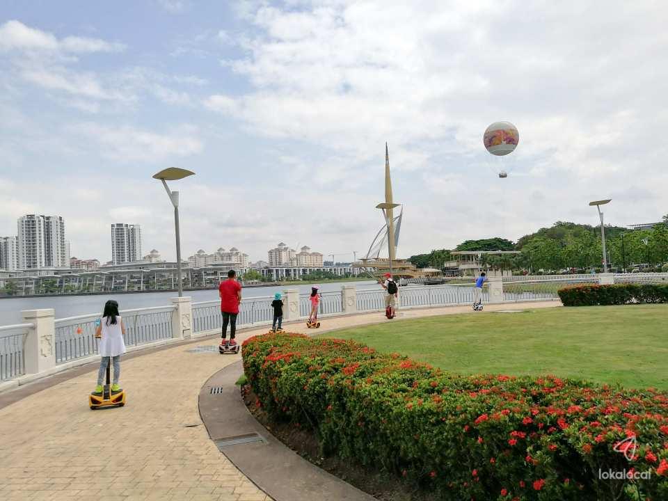 【馬來西亞布城城市巡禮】騎乘賽格威電動代步車、在地英語導遊