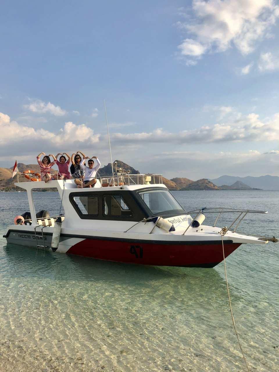 【科莫多島專屬包船一日遊】帕達爾島、林卡島、粉紅沙灘、月牙灣、 Manta Point